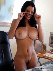 amatör nakna tjejer 19 år